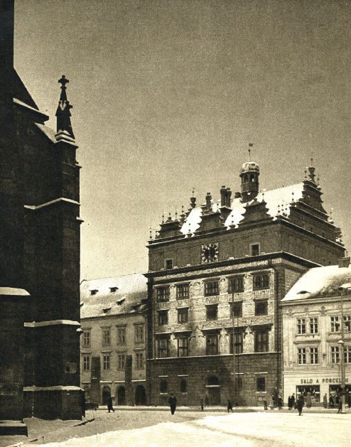Náměstí Republiky - North in the 1950s
